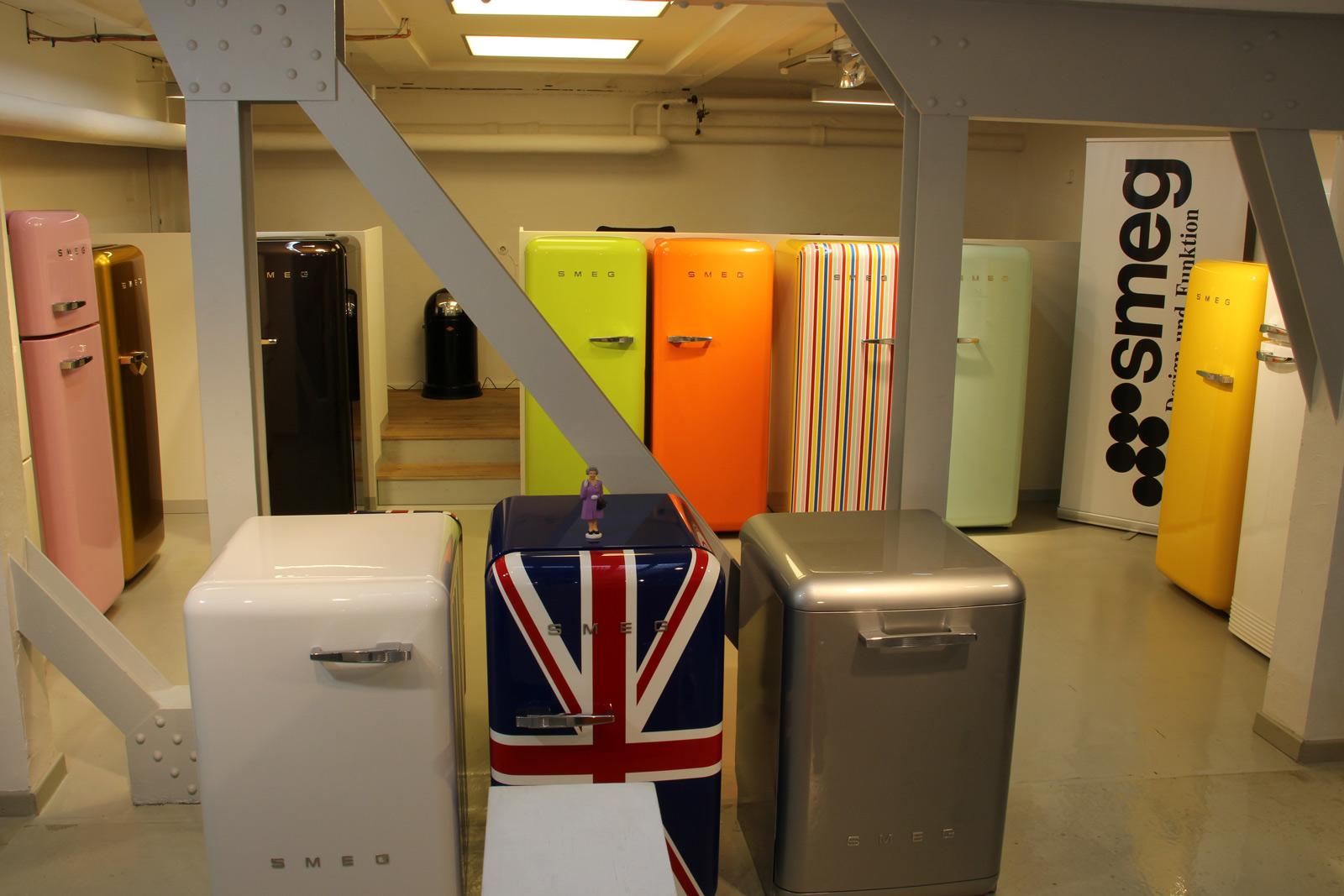 Retro Kühlschrank Köln : Smeg kühlschrank fab pastellgrün welter welter köln