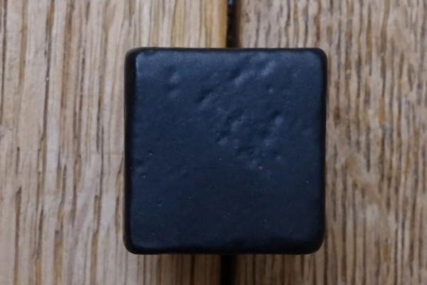 Möbelknopf 20x20 mm Dunkel-Eisen VO