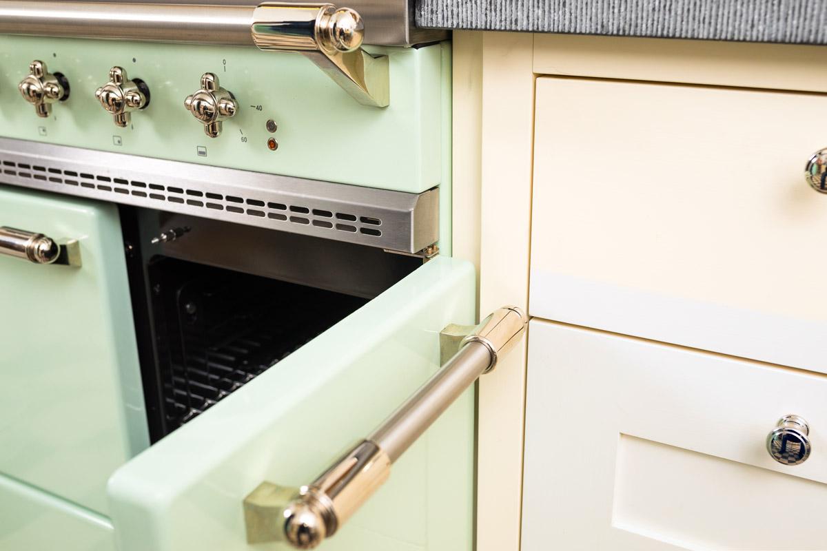 Smeg Kühlschrank Pastellgrün : Stadthaus küchen projekte küchen manufaktur welter & welter köln