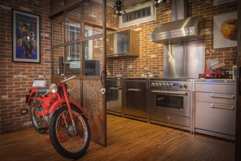 Spülschränke küchenschränke dunstabzugshauben oder kühl gefrierkombinationen ergänzen das gesamte steel programm jeder der steel standherde kann perfekt