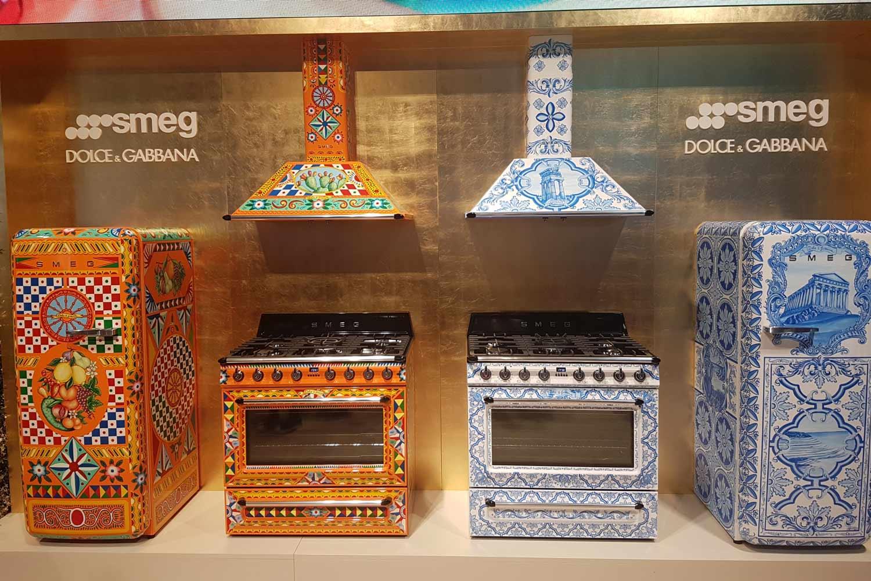 Smeg Kühlschrank Dolce Gabbana Preis : Smeg kühlschrank dolce gabbana preis: smeg smf pbeu pastellblau